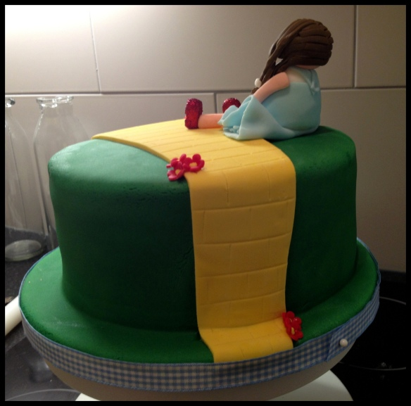 Wizard of Oz Cake - from the back