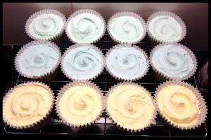Vanilla Cupcakes - swirly