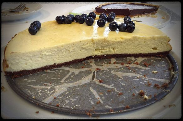 White Chocolate Cheesecake (and some token fruit)