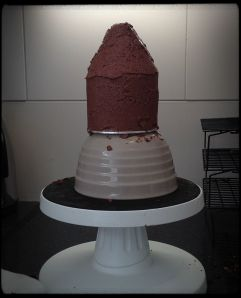 chocolate buttercream-covered 10cm house